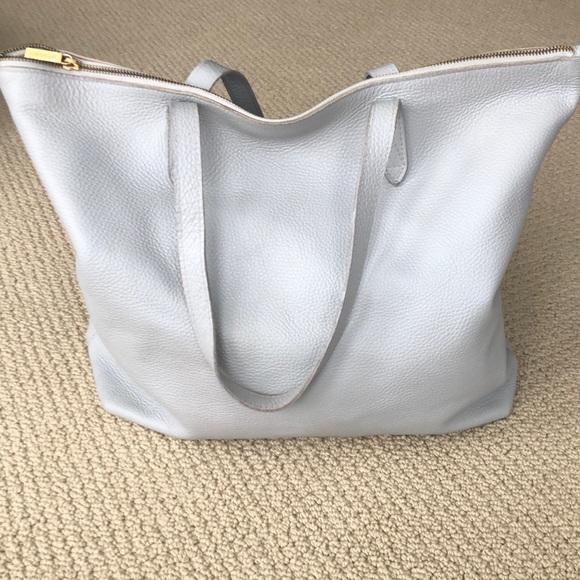 5b7c5e5cf8e6c Cuyana Handbags - Cuyana Classic Leather Zipper Tote